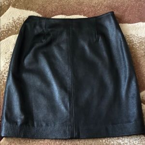 Leather skirt; excellent condition, size 8